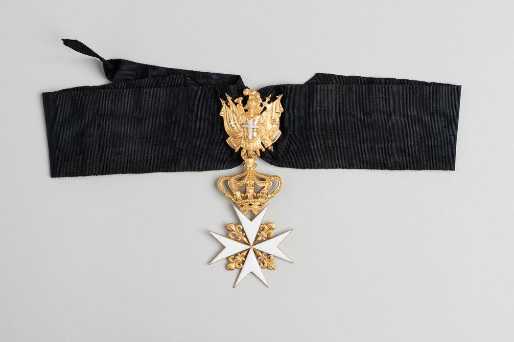 décoration du prince de Talleyrand : Croix de Malte d'Espagne, vue générale