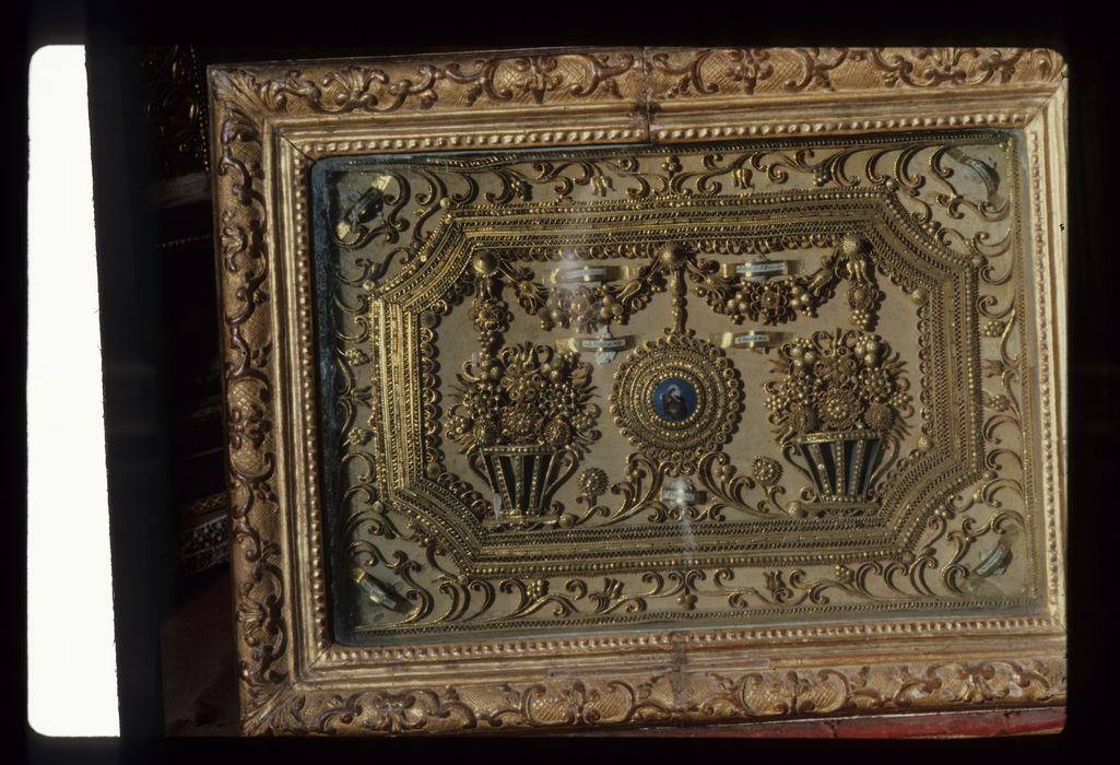 Tableau-reliquaire : Sainte Perpétue et autres saintes