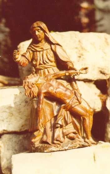 Statue : piéta