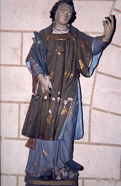 Statue : saint diacre martyr