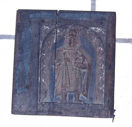 Deux bas reliefs : saint Jean-Baptiste et Sainte Barbe