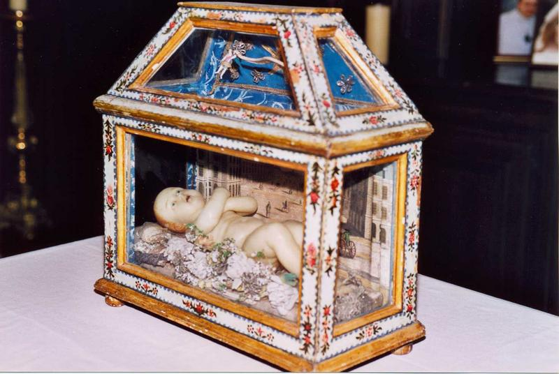 L'Enfant Jésus dans un reliquaire