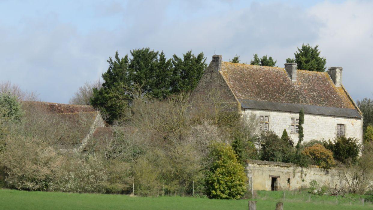 Manoir de la Roche-de-Gennes: Ensemble sud-ouest, vue générale