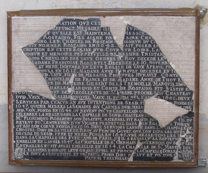 Inscription funéraire des familles Hurault et De Rostaing