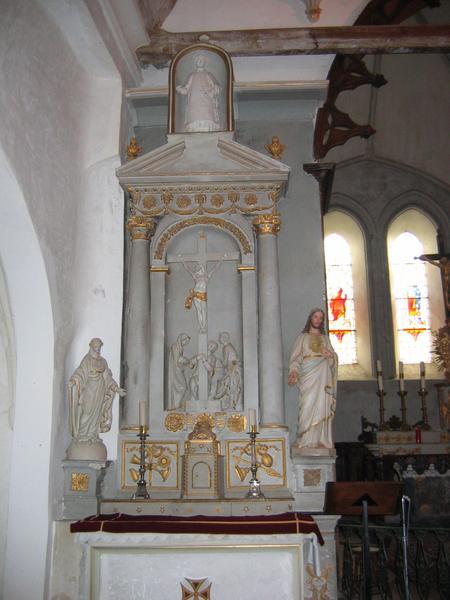 Retable avec calvaire : Christ en croix avec Vierge, saint Jean et Marie-Madeleine
