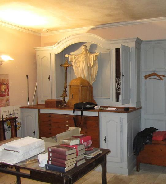 Meuble de sacristie (buffet à deux corps)