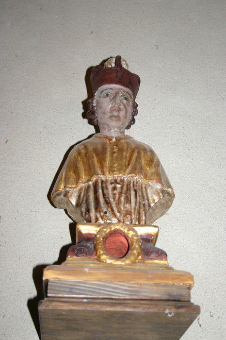 buste-reliquaire : Un curé