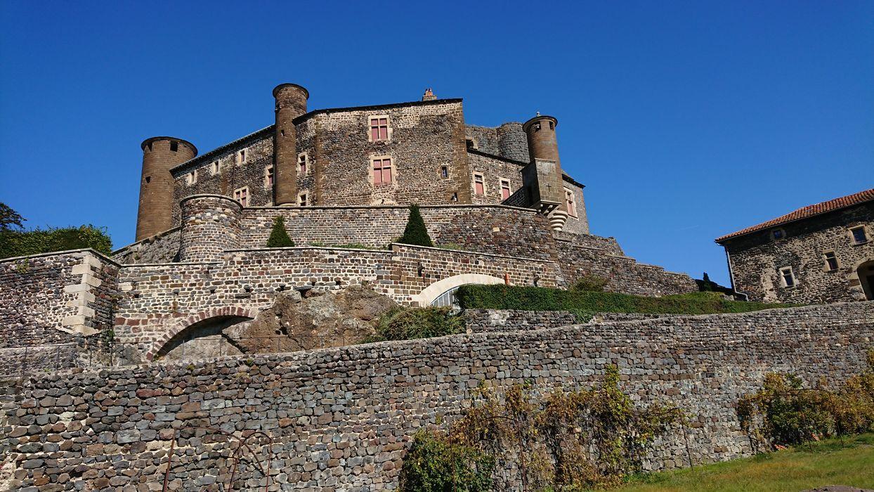 château de Bouzols: ensemble sud, vue générale