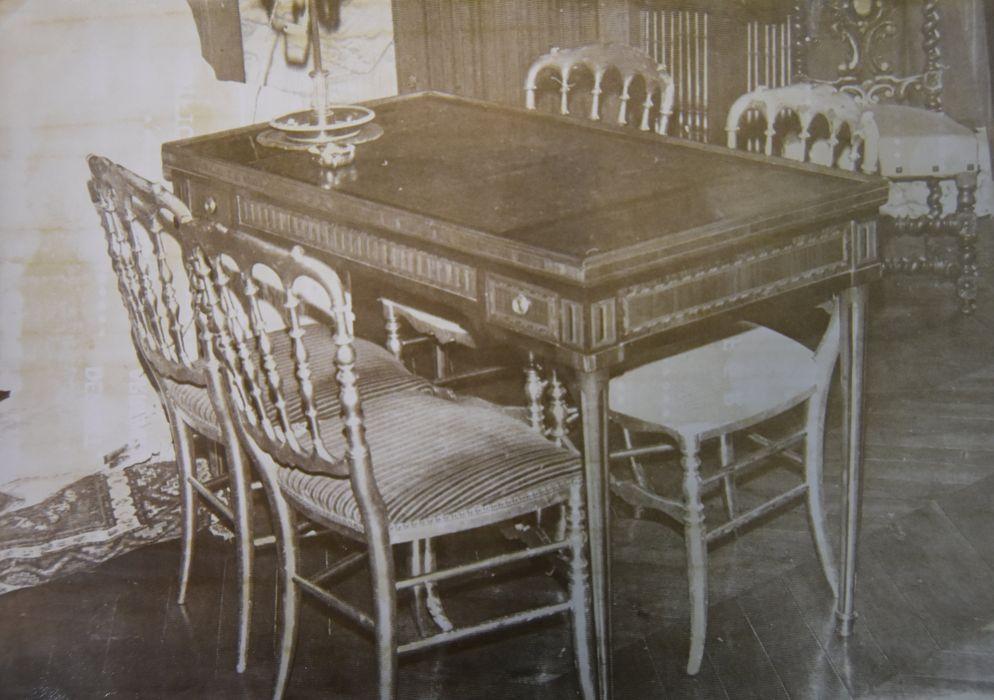 Table de tric-trac, style Louis XVI