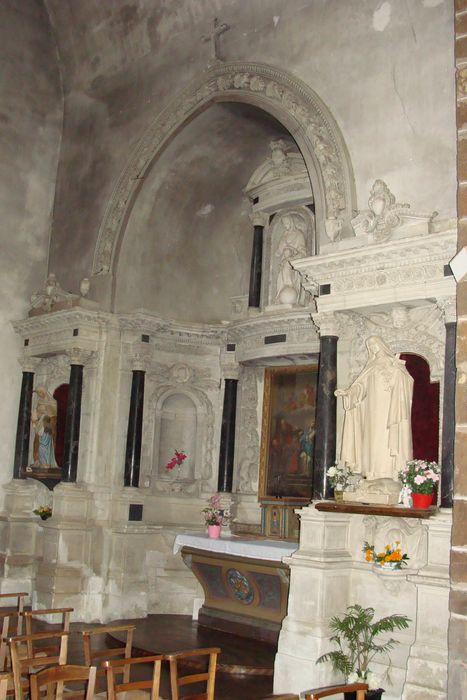Retable (autel de la Vierge)
