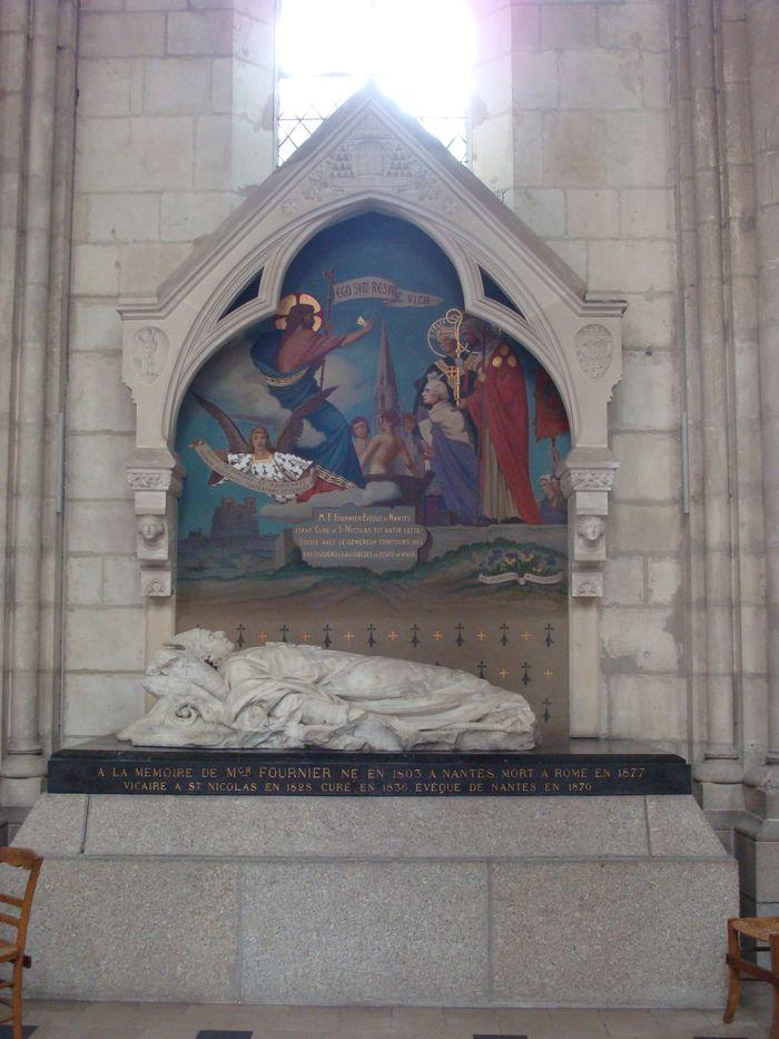 Tombeau de Monseigneur Fournier