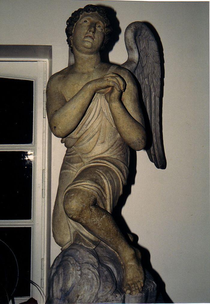 Deux statues : Anges adorateurs