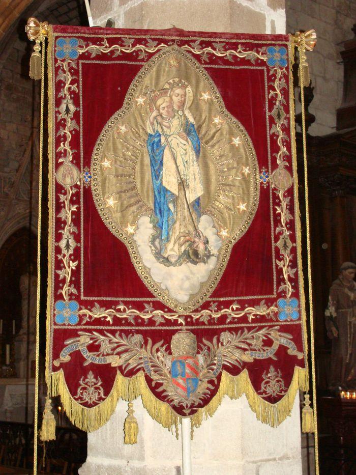Bannière de procession de saint Aubin