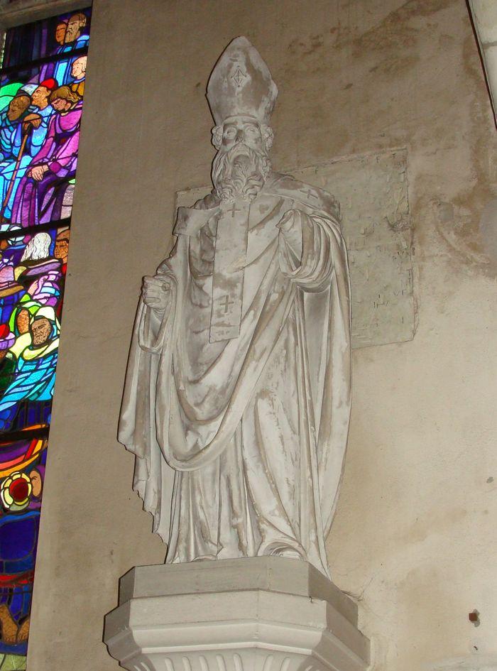 Statue : Saint René, évêque d'Angers