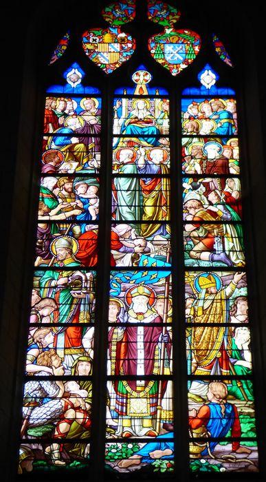 verrière n°119 dite de la Pentecôte