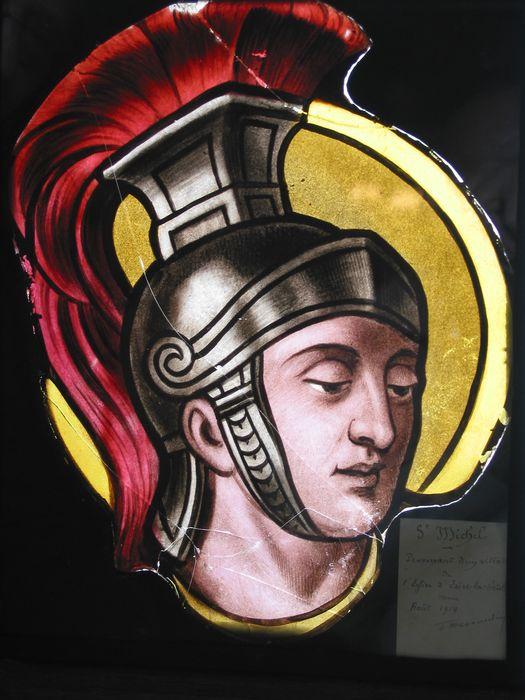 verrière (fragment) : Saint Michel