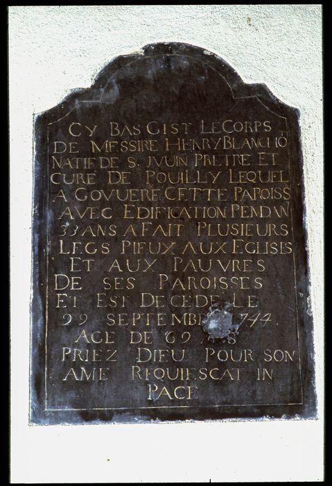 plaque funéraire (inscription funéraire) en mémoire de Henri Blanchot, curé de Pouilly