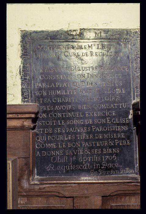 plaque funéraire (inscription funéraire) en mémoire de Jean-Baptiste du Plaicy, curé de Réchicourt