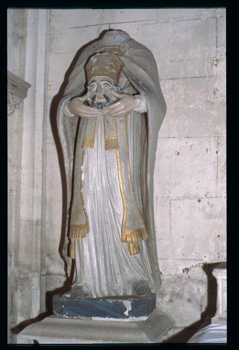 statue : Saint Didier céphalophore