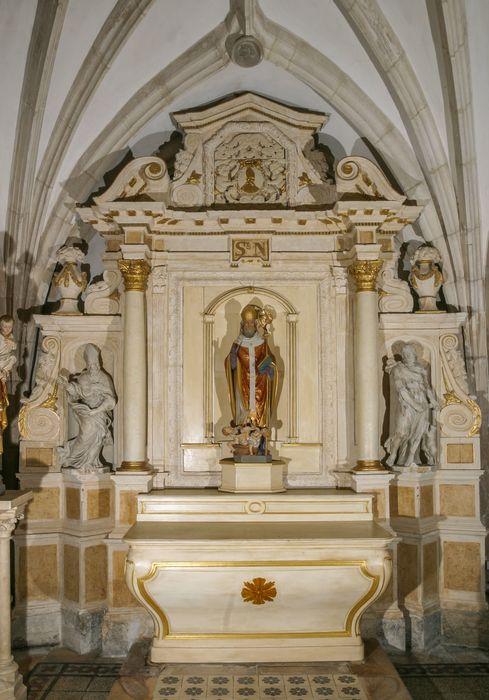 autel et retable latéral sud