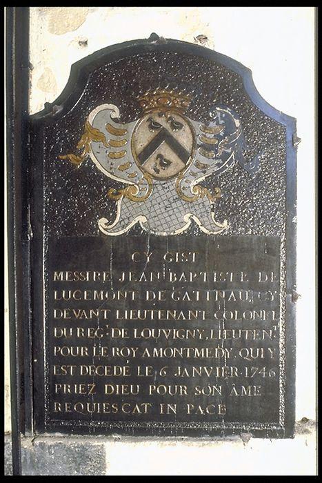 plaque funéraire (pierre funéraire) en mémoire de Jean-Baptiste de Lucemont de Gastineau