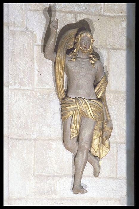 statue : Christ prédicateur