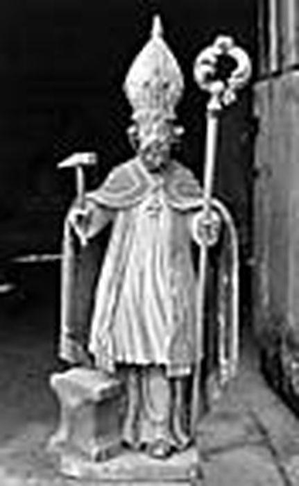 statue (statuette) d'un des retables latéraux: saint Eloi