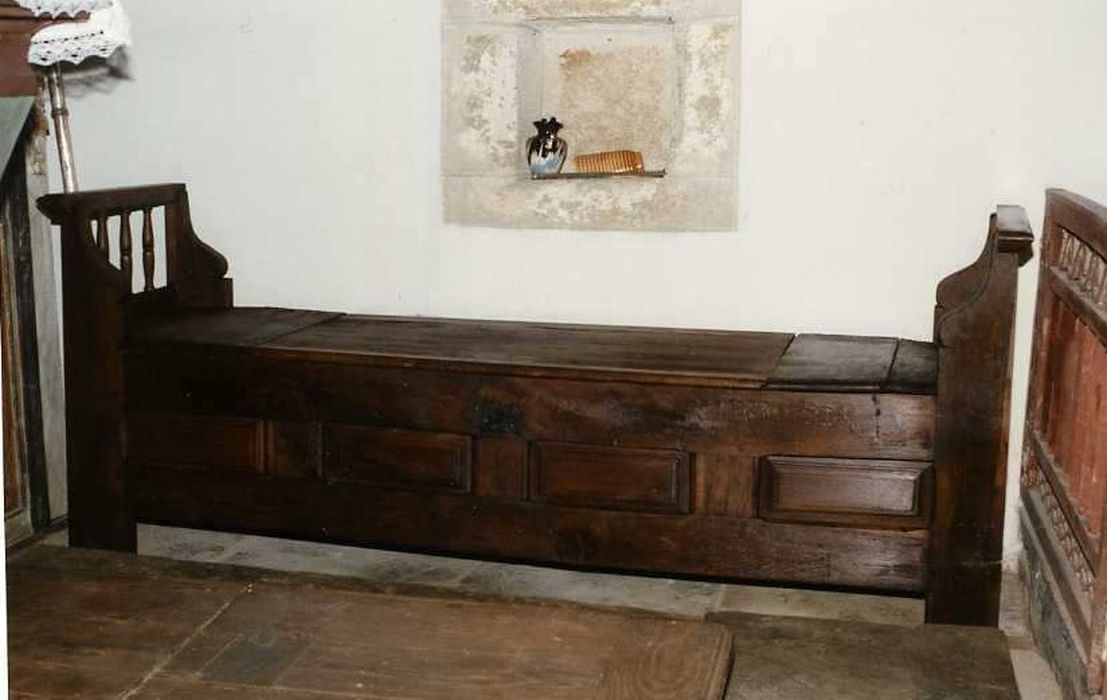 meuble de sacristie (banc-coffre)