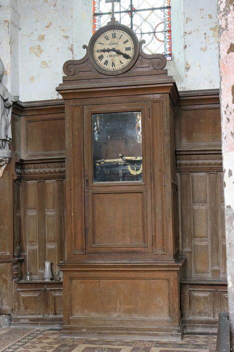 Horloge avec son meuble (cabinet) et son système de tringlerie