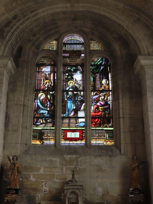 Verrière (baie 4) : Saintes Maure et Brigide visitant l'évêché d'Arles