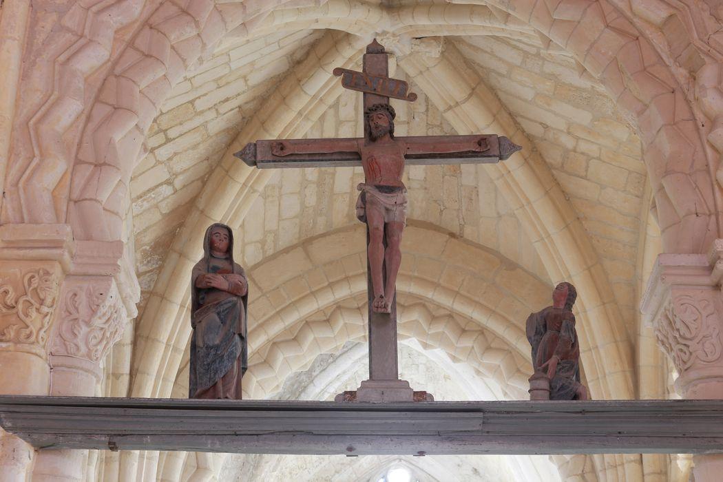 Poutre de gloire : Christ, Vierge et Sainte Madeleine