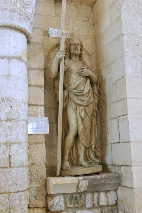 Statue : Christ sauveur