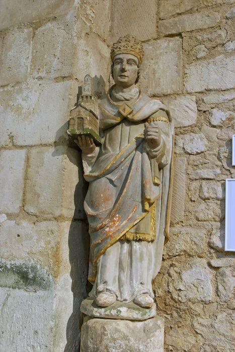 Statue : Saint Clément ?