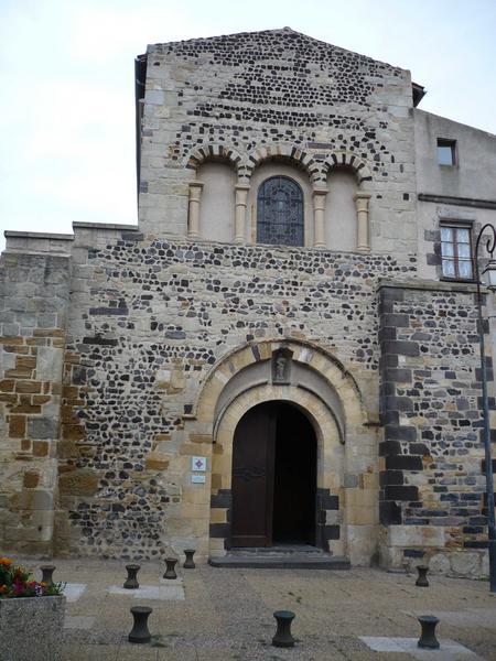 Ancienne abbaye bénédictine Saint-Pierre
