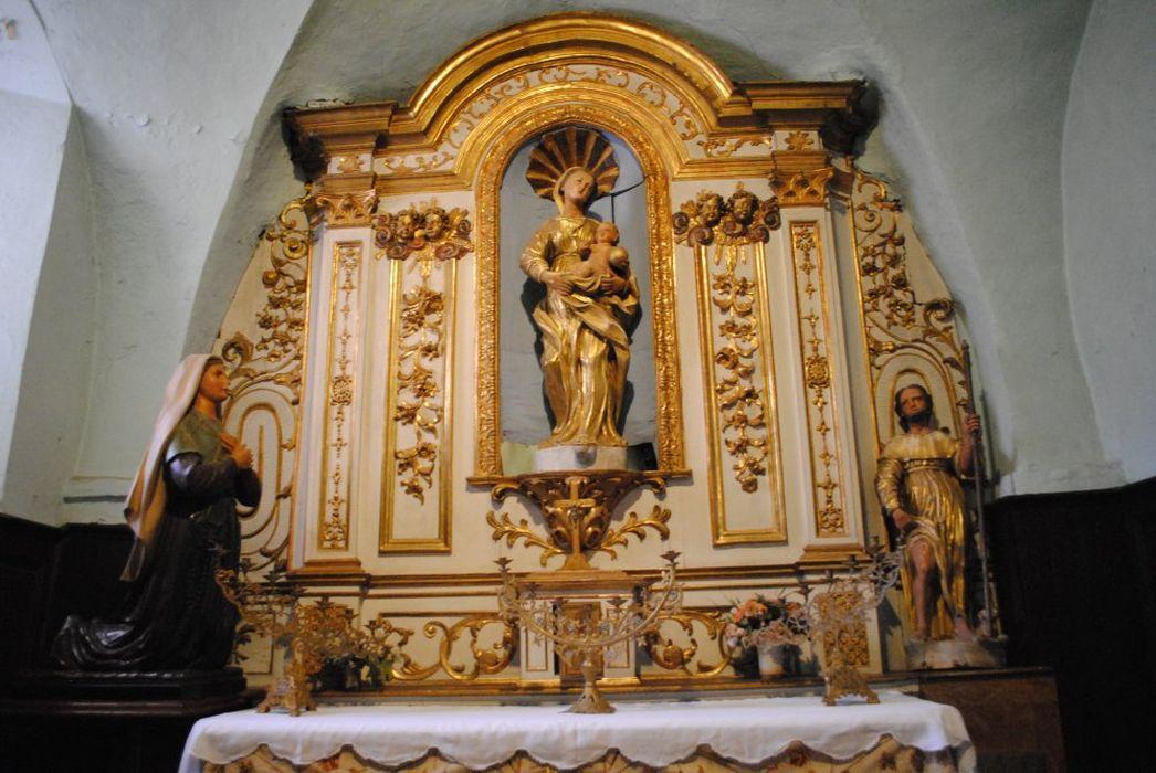 autel de la chapelle latérale de la Vierge