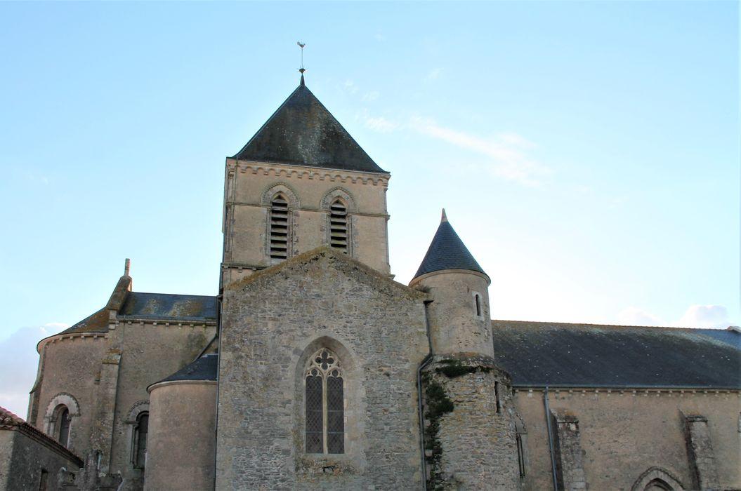 Eglise de la Chaize-Giraud, façade latérale nord, vue générale