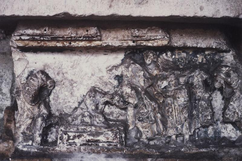 Bas-relief : Résurrection de Lazare