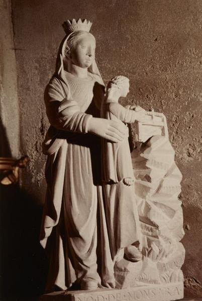 Groupe sculpté : Notre-Dame de Montserra