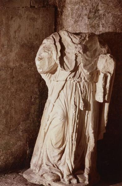 Statue d'applique