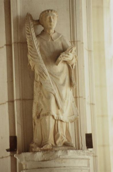 Statue : Saint diacre à la palme (saint Vincent ?)