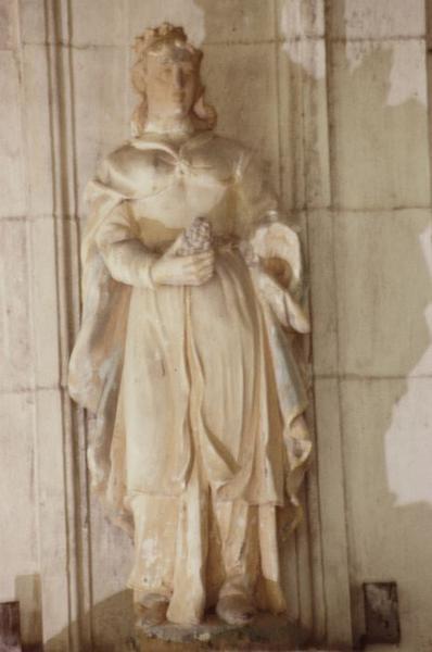 Statue : Sainte (Vierge à l'Enfant ?)