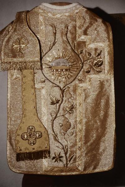 Ornements liturgiques