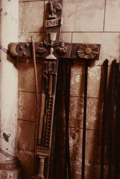 Croix de procession : Instruments de la Passion