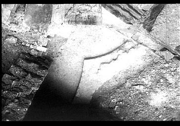 Fouilles des fondations du baptistère