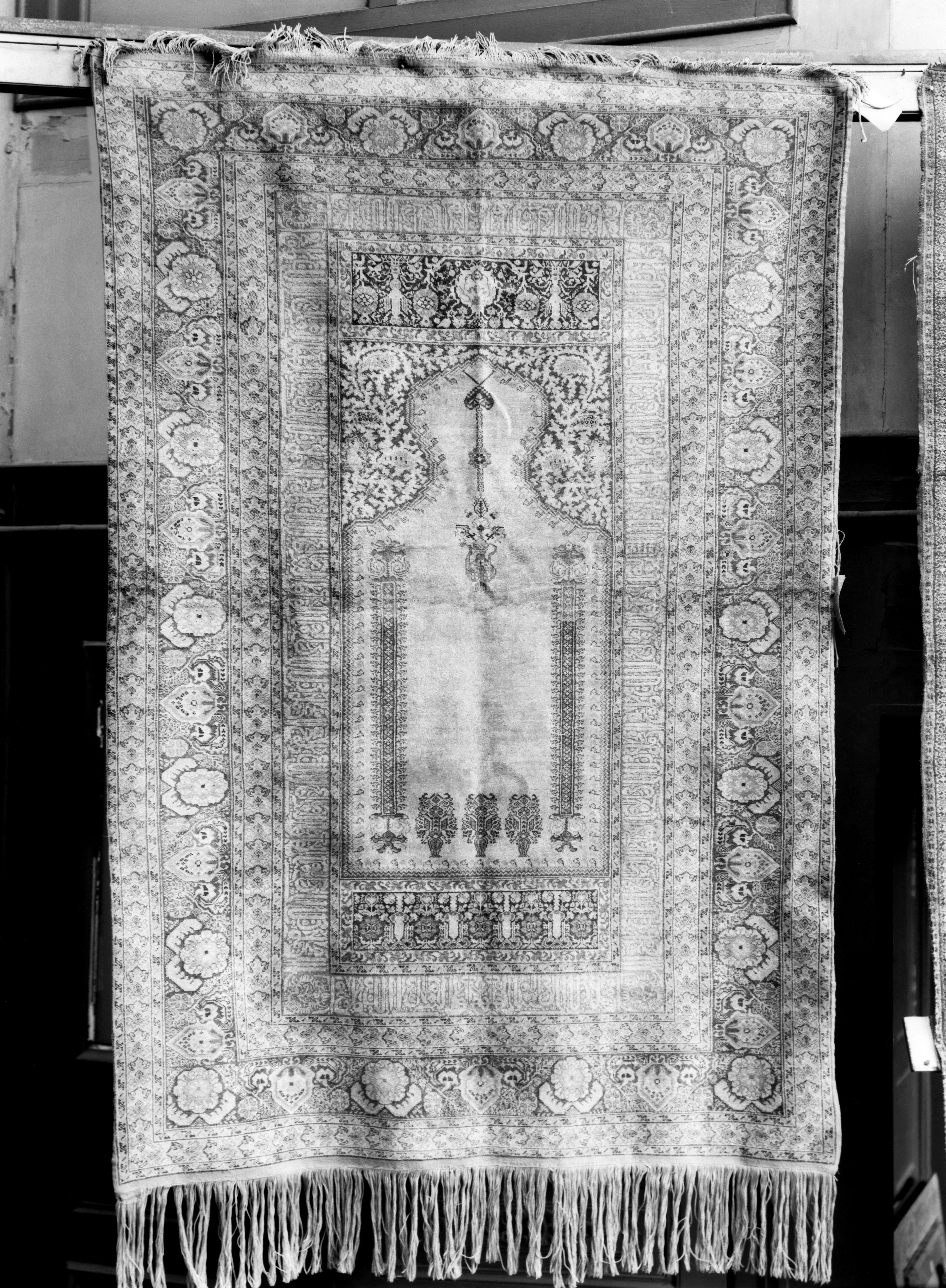 mnr/OAR00579/OAR579-copyright_Musee_du_Louvre-departement_des_Objets_d_art.jpg