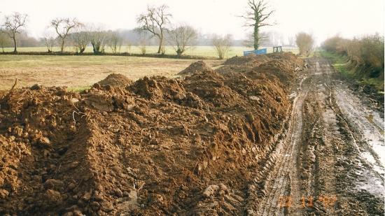 22 novembre 1997, rétablissement du talus sur le faux-plat.