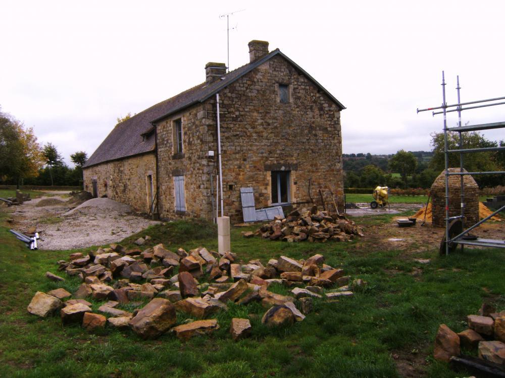 Samedi 2 octobre 2010, la ferme vue du Sud-Ouest.