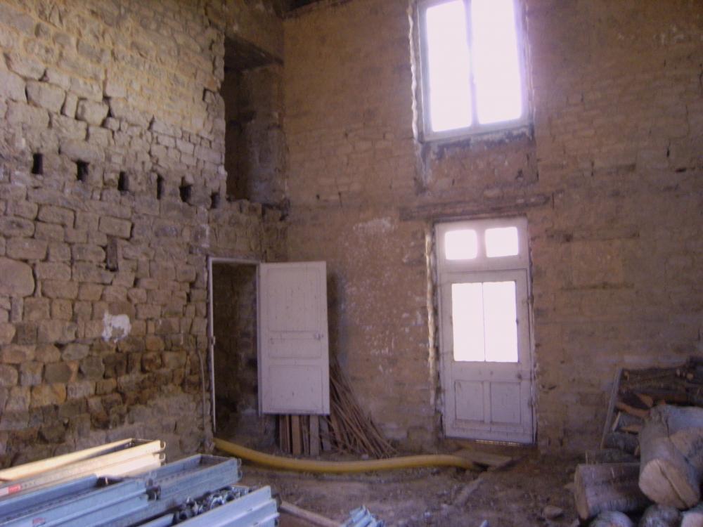 Dimanche 3 octobre 2010,Intérieur de la future cuisine, le mur Est.