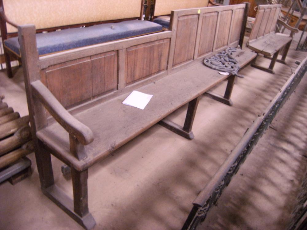 Dimanche 3 octobre 2010, le banc d'angle en attente à la maison LEMARIE.