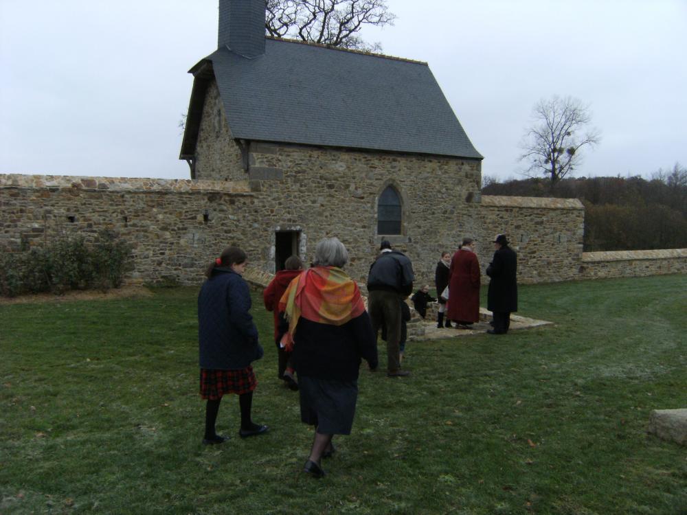 28 novembre 2010, à l'entrée de la chapelle.